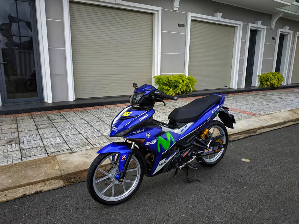 Exciter 150 do dan chan Daytona cung khoi do choi hang tuyen - 8