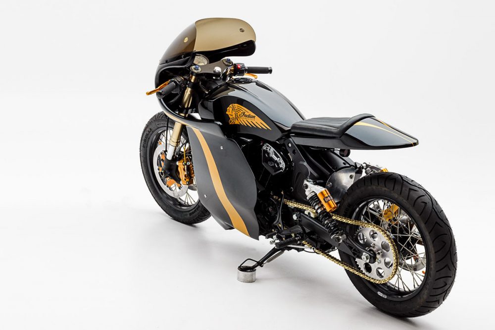 INDIAN SCOUT day lich lam voi phong cach Cafe Racer - 8