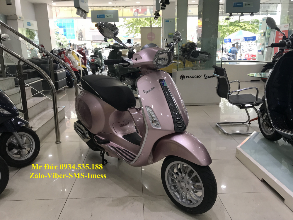 Vespa Sprint Carbon 2018