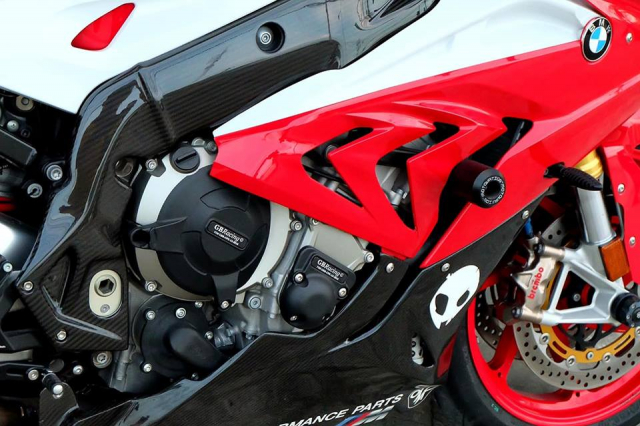BMW S1000RR Quy du trong bo canh do cuc chat - 9