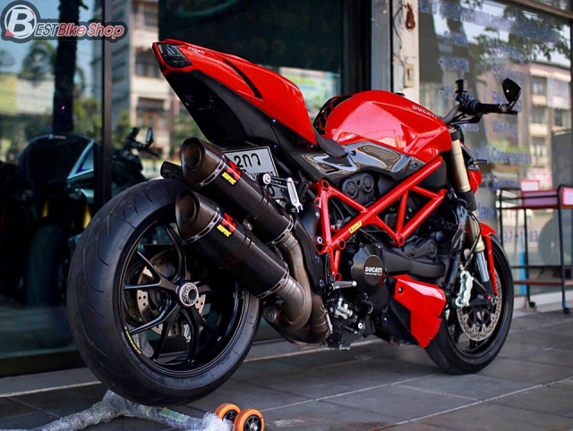 Ducati StreetFighter 848 do chat ngat voi dan option hang hieu - 14