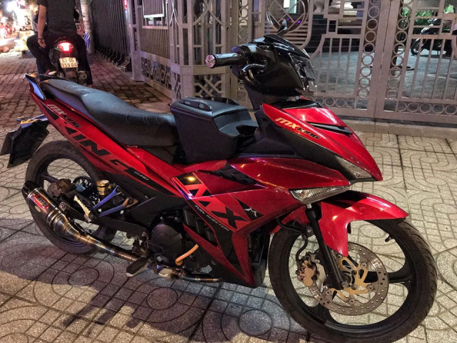 Exciter 150 do phong cach Jupiter MXKing Indonesia day an tuong
