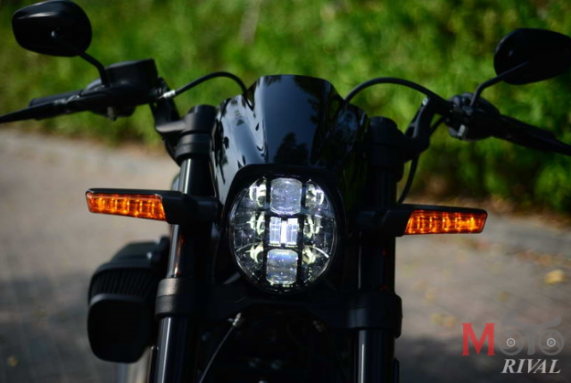 Can canh HarleyDavidson FXDR114 mau xe Power Cruiser Dragter dang cap voi gia 853 trieu VND - 3