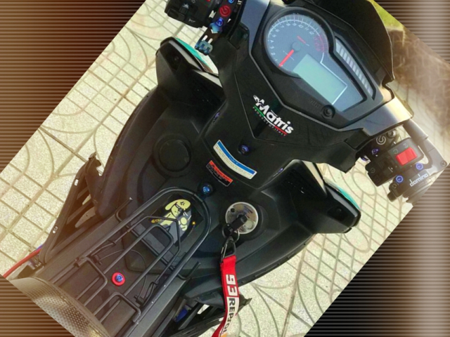 Exciter 150 do an tuong voi dan chan Brembo chat den tung luong