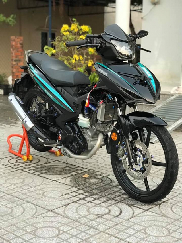 Exciter 150 do an tuong voi dan chan Brembo chat den tung luong - 7