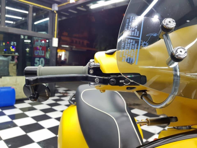 Vespa GTS ban do ca tan do choi den tu xu chua vang - 4