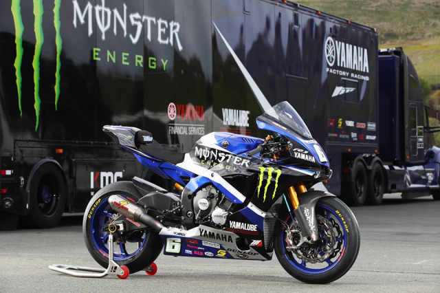 Yamaha R1 do hap dan voi su tai tro tu Monster Energy
