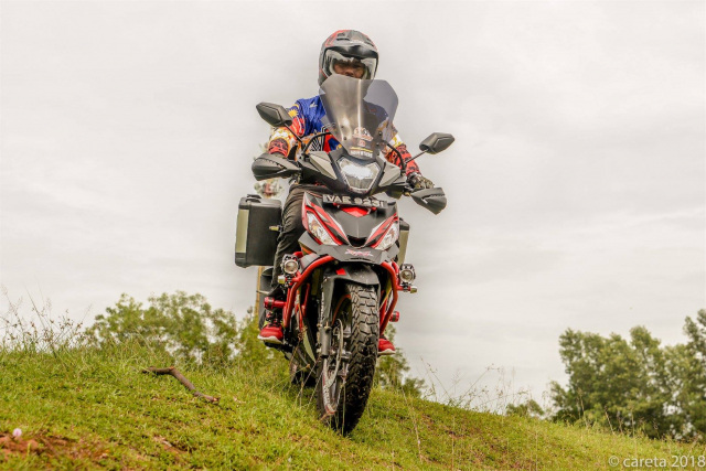 Can canh Winner 150 do phong cach Adventure kich doc