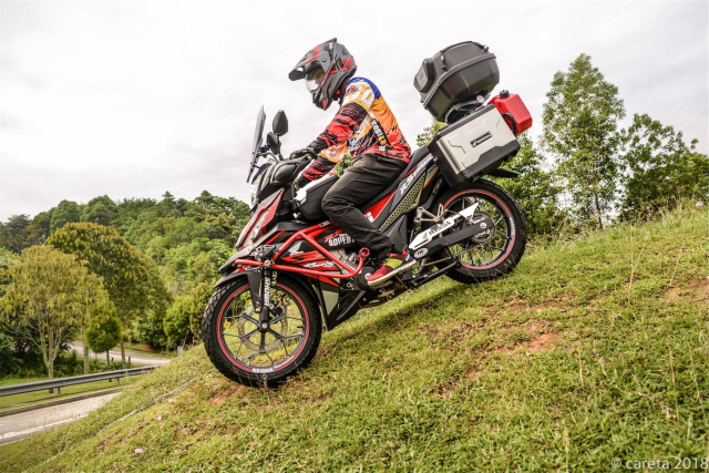 Can canh Winner 150 do phong cach Adventure kich doc - 9