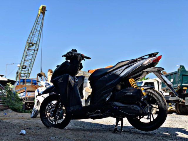 Vario 150 do cuc chat voi su ket hop cua hai the he