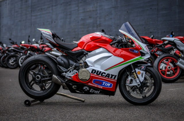 Ducati Panigale V4 Hayden Tribute phien ban dac biet tu dai ly voi gia hon 15 ty - 4