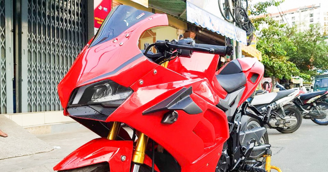 GPX Demon 150 GR do an tuong voi tao hinh y chang Ducati Panigale V4 R