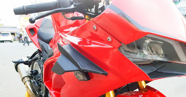 GPX Demon 150 GR do an tuong voi tao hinh y chang Ducati Panigale V4 R - 6