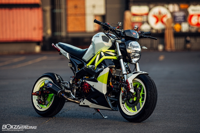 Nhoc lun GPX Demon X 125 do gay te voi doi chan keo dai nhu nguoi mau - 13