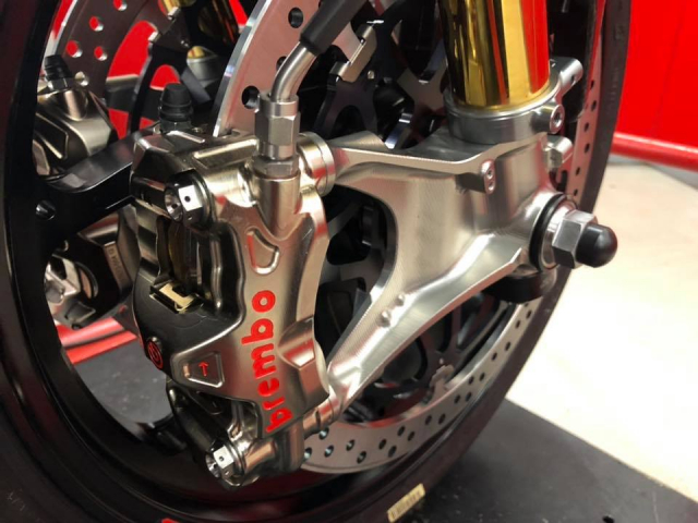 Ducati 1299 Superleggera do me hoac voi dien mao Fullsix Carbon - 4