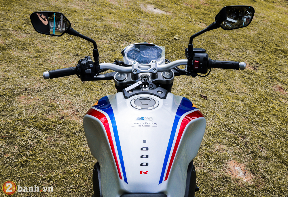 Can canh Honda CB1000R Limited Edition 2019 vua ve Viet Nam - 16