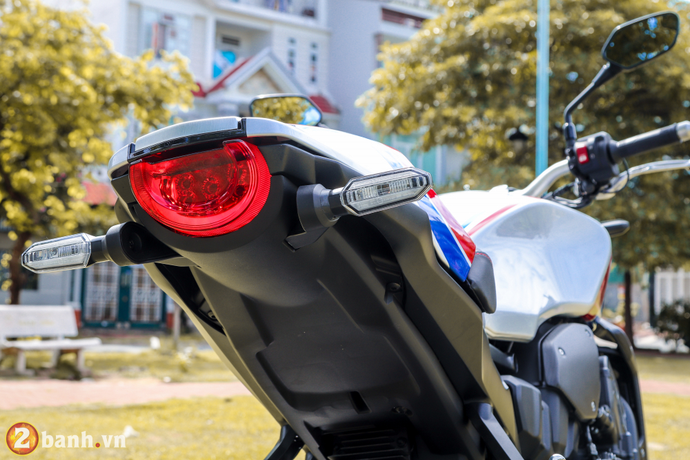Can canh Honda CB1000R Limited Edition 2019 vua ve Viet Nam - 23