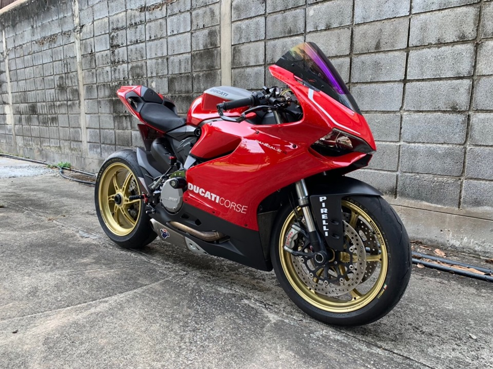 Ducati Panigale 899 do day me hoac vay muon tu dan anh Panigale 1199