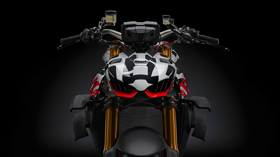 Ducati Streetfighter V4 moi lo dien hinh anh chinh thuc