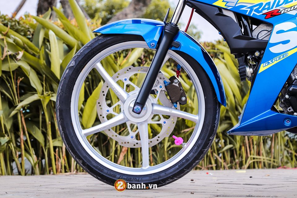 Dung hinh voi Raider 150 do chat den ngat trong tung chi tiet - 18