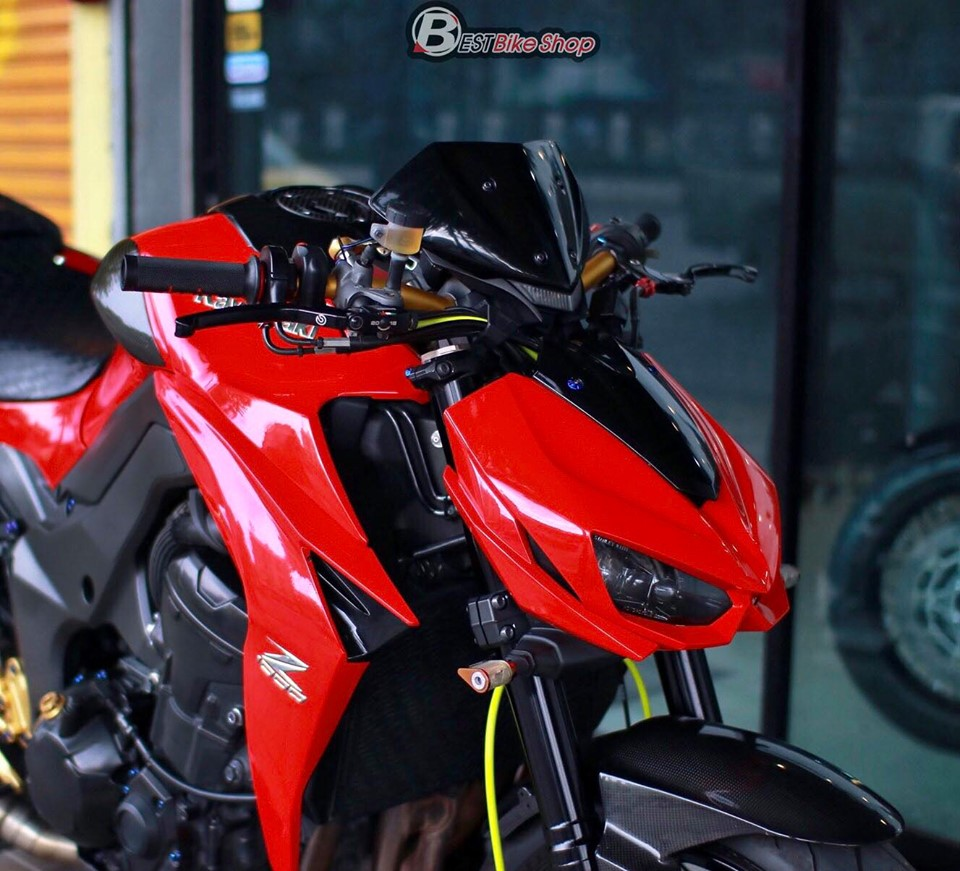 Kawasaki Z1000 do an tuong voi phong cach Do Sporty