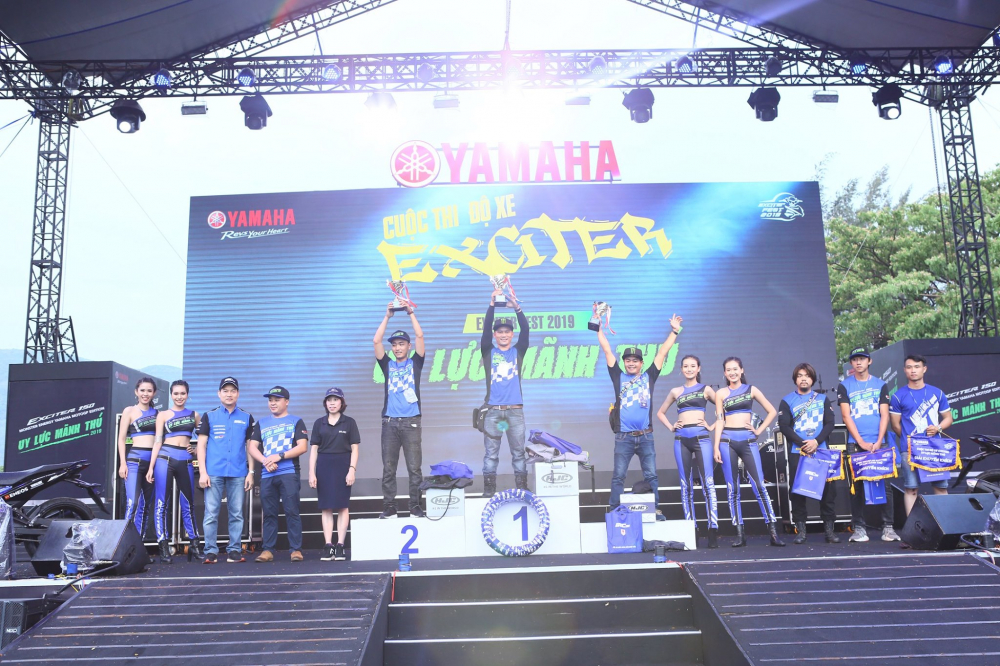 Lo dien chu nhan may man nhan duoc YZFR3 trong cuoc thi do xe Exciter Fest 2019 - 6