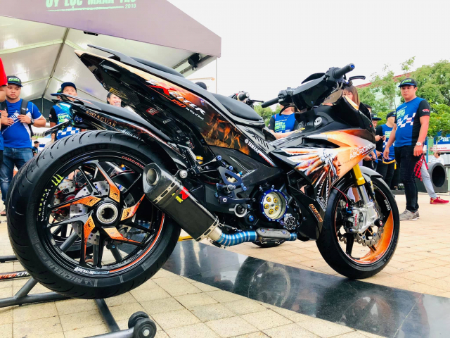Lo dien chu nhan may man nhan duoc YZFR3 trong cuoc thi do xe Exciter Fest 2019 - 5