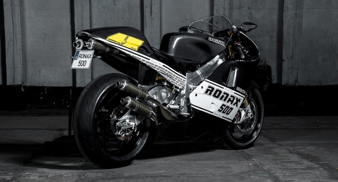 Ronax 500 Superbike V4 2 thi 500cc WoldGP Racing duoc rao ban voi gia 26 ty VND - 5