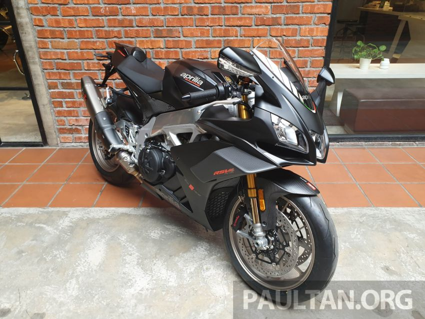 Can canh Aprilia RSV4 1100 Factory 2019 voi gia gan 1 ty VND - 3