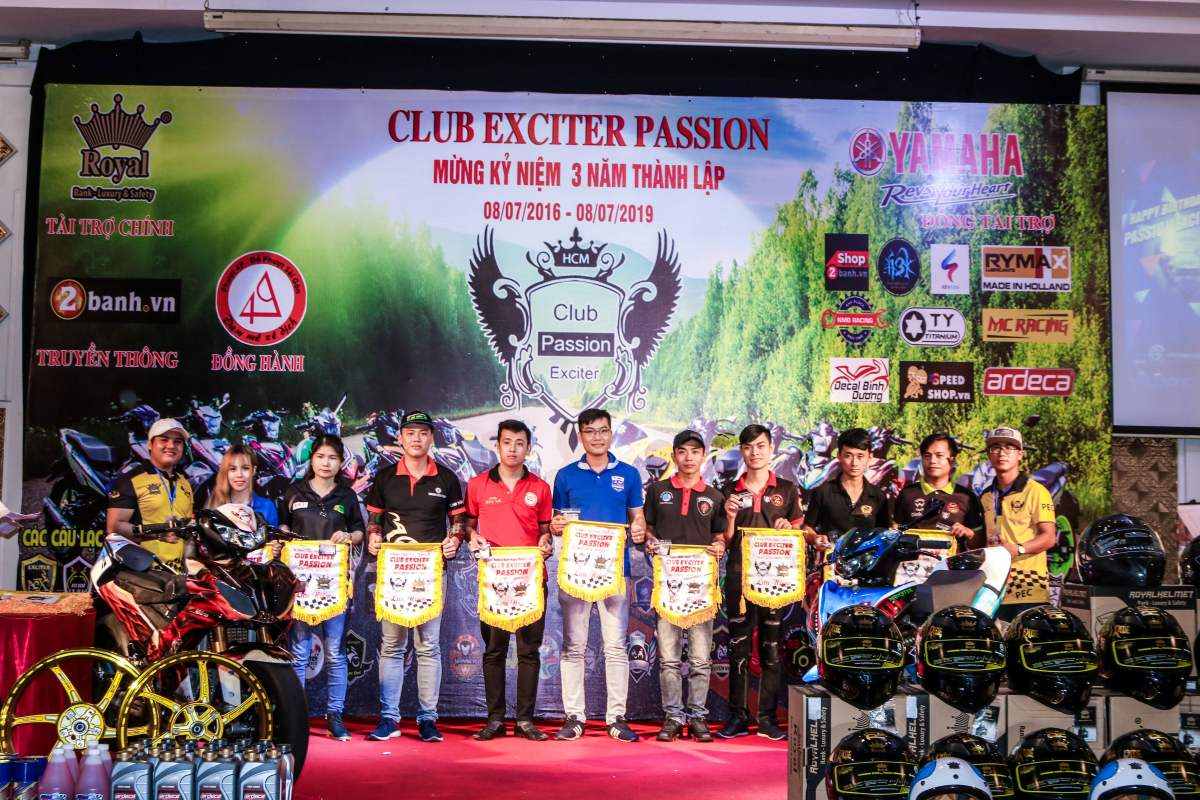 Club Exciter Passion 3 nam mot chang duong voi dong xe Yamaha Exciter - 22
