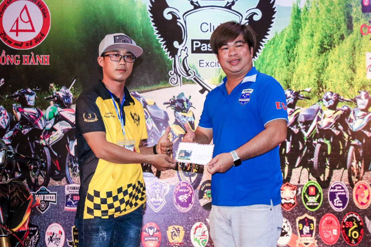 Club Exciter Passion 3 nam mot chang duong voi dong xe Yamaha Exciter - 3