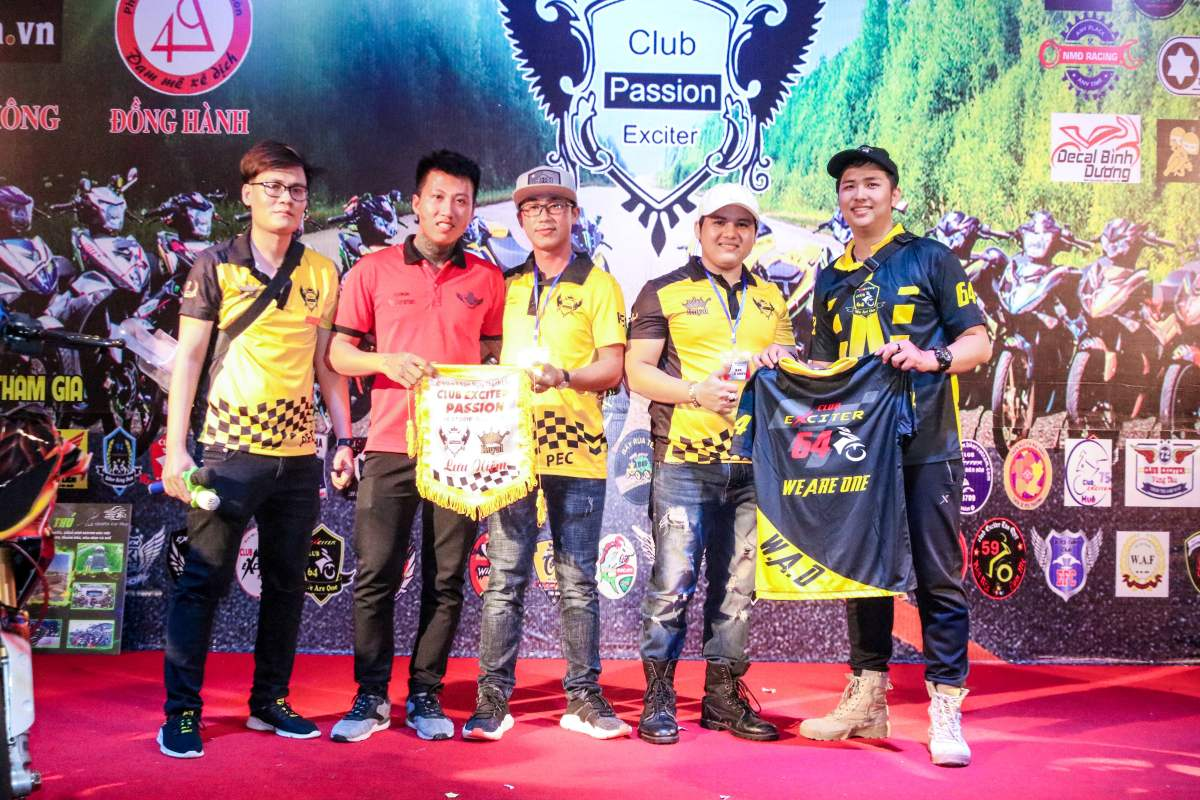 Club Exciter Passion 3 nam mot chang duong voi dong xe Yamaha Exciter - 43