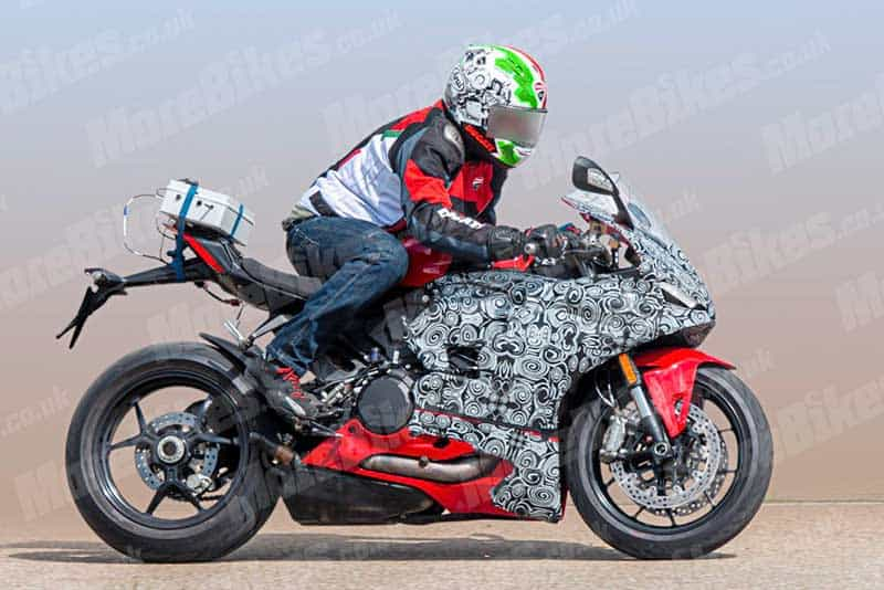 Ducati Panigale V2 SuperSport 2020 se la phien ban thay the Panigale 959 hien tai - 3