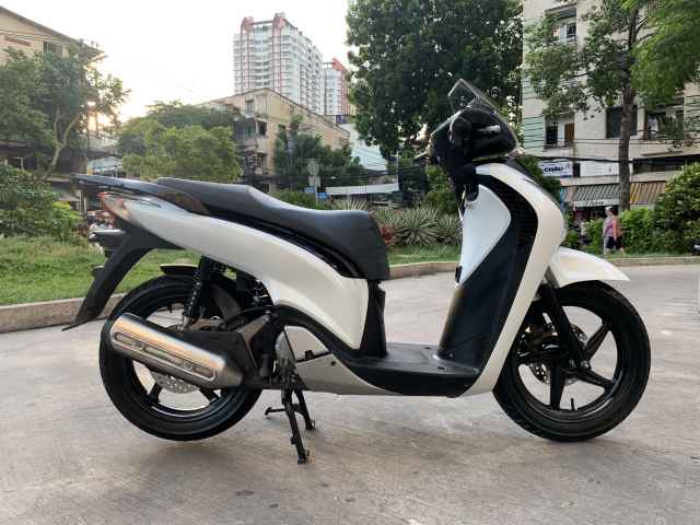 _ Can Ban HONDA SH 125i viet kieu Y Trang Den Sporty so may 5006 dang ky lan dau 2011 odo 13k - 10