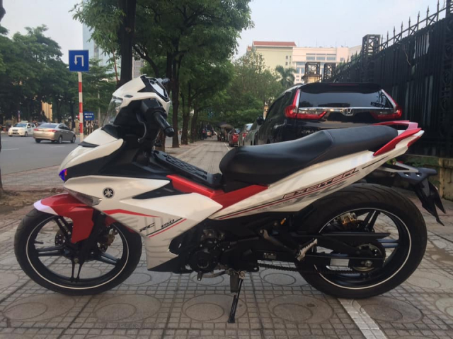 Exciter 150 cc Fi mau do trang bien Ha Noi 5 so can ban - 5