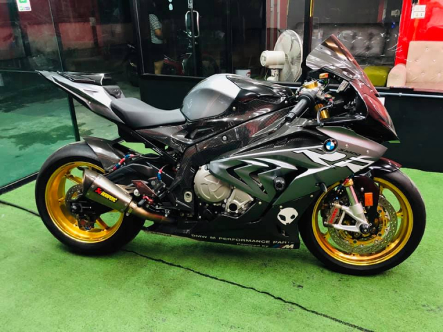 BMW S1000RR do hut hon voi dan Option dang cap - 11