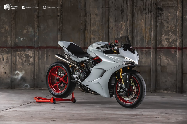 Ducati SuperSport S do day me hoac voi phong cach Superbike - 3