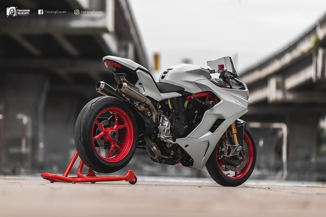 Ducati SuperSport S do day me hoac voi phong cach Superbike - 17