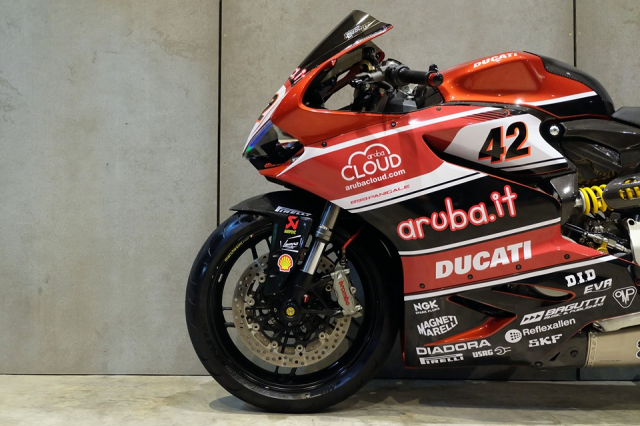 Ducati Panigale 899 do cuc dinh day hap dan voi phong cach WSBK - 18