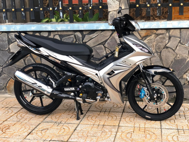 Exciter 135 lot xac voi phong cach kieng nhe dao pho