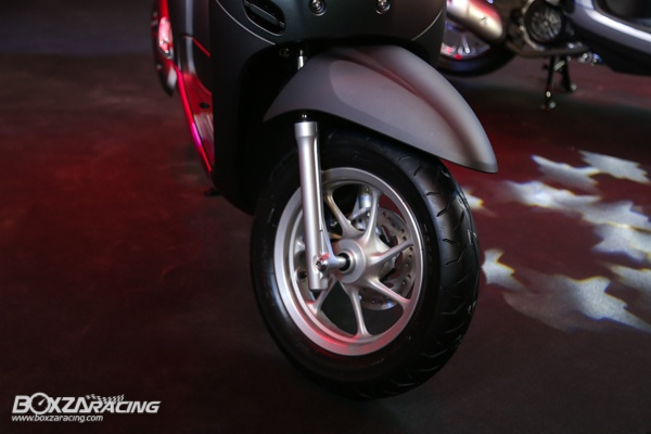Honda Scoopy 2020 lo dien dam chat the thao voi gia ban tu 365 trieu dong - 7
