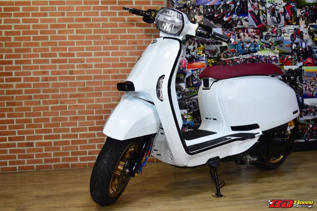 Lambretta V200 Special do hoan chinh den tu BD Speed Racing - 7