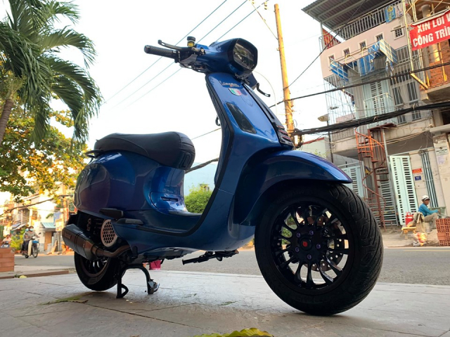 Vespa Sprint do an tuong voi dien mao moi cuc chat