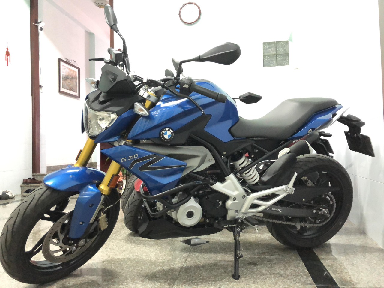 Can ban BMW G310R chay luot 1950 km