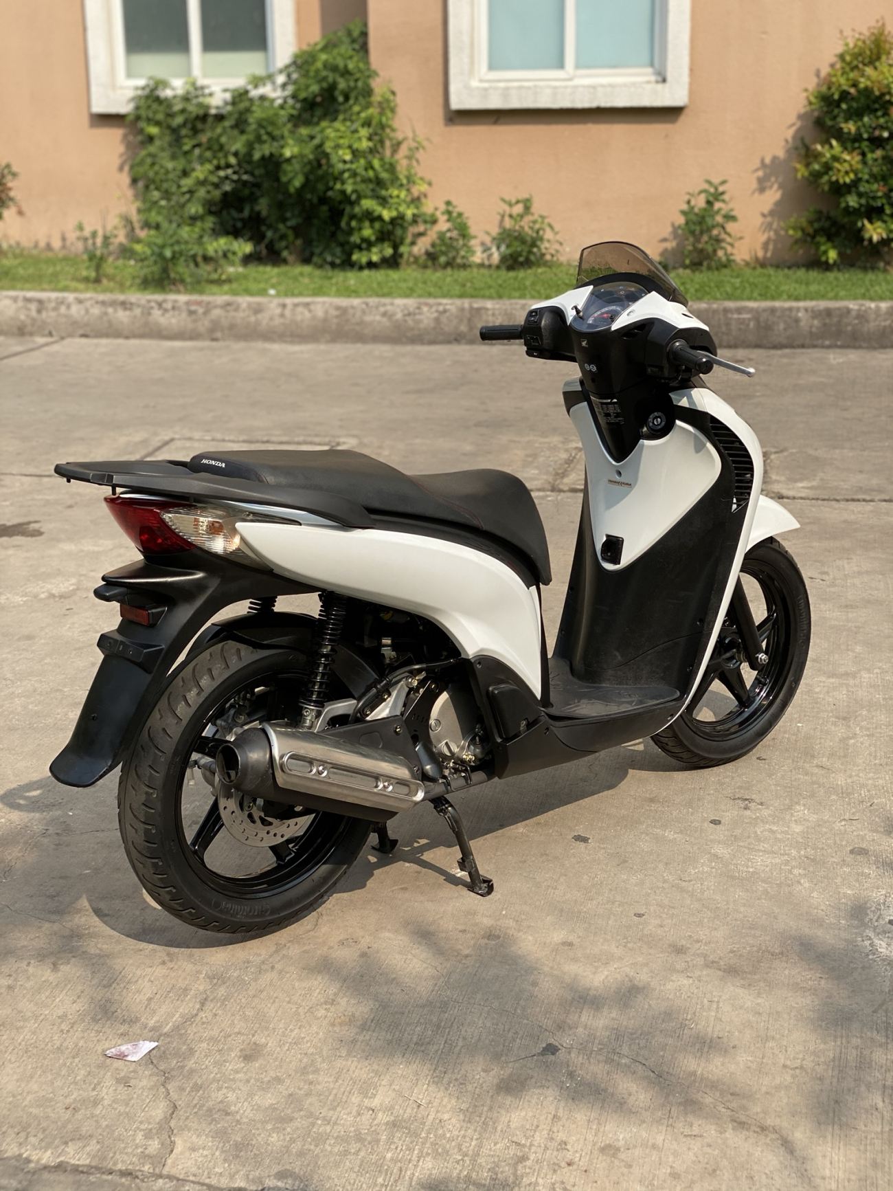 _ Can Ban HONDA SH 125i nhap Y Mau Trang Sporty so may 104 dang ky lan dau 2011 HQCN odo 20K - 2