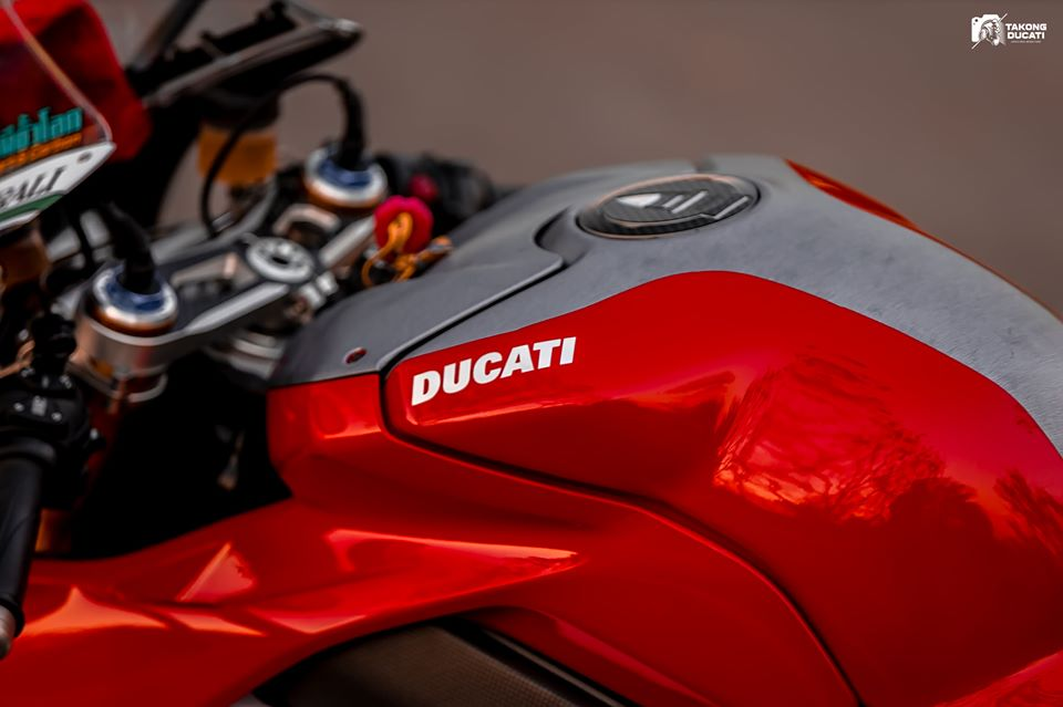 Ducati Paingale V4 S do an tuong voi phong cach cua Nicky Hayden - 5