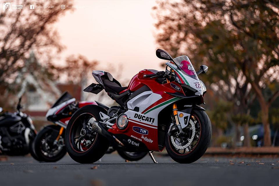 Ducati Paingale V4 S do an tuong voi phong cach cua Nicky Hayden - 13