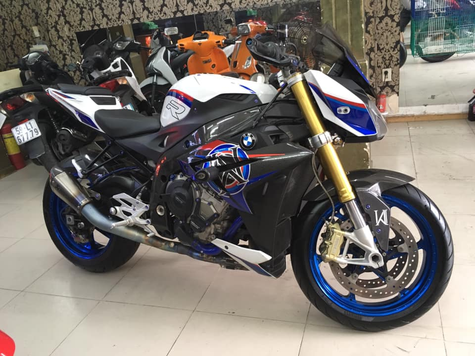 Can ban BMW s1000r ABS full options buy 52017 Germany - 2