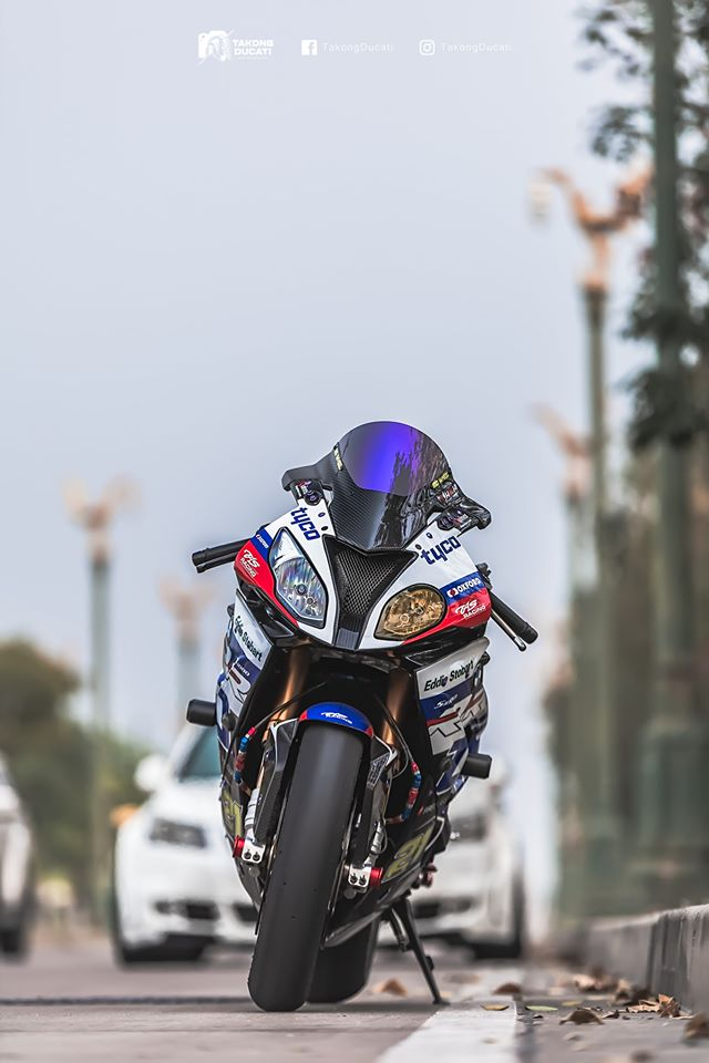 BMW S1000RR do chat lu trong dien mao TYCO RACING - 4