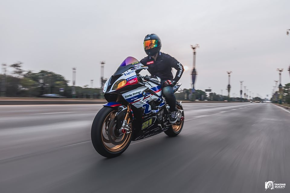 BMW S1000RR do chat lu trong dien mao TYCO RACING - 10